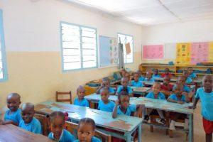 Kinderen op de St Elizabeth School